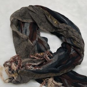 Short scarf gold blue gray red
